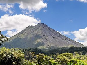 A Guide to Family Travel in Arenal & La Fortuna Costa Rica